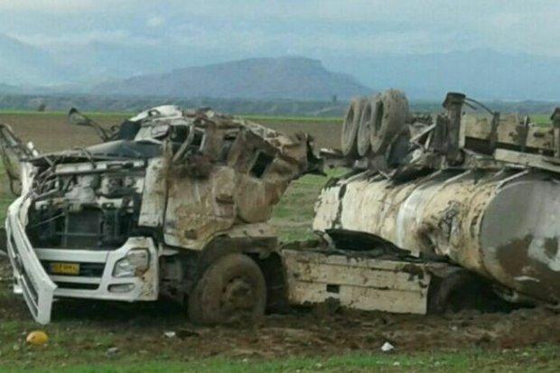 واژگونی تانکر عراقی حامل ۳۰ هزار لیتر بنزین در جاده پلدختر