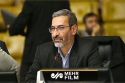 اظهارات عجیب یک نماینده مجلس درباره قوانین پیام رسانها