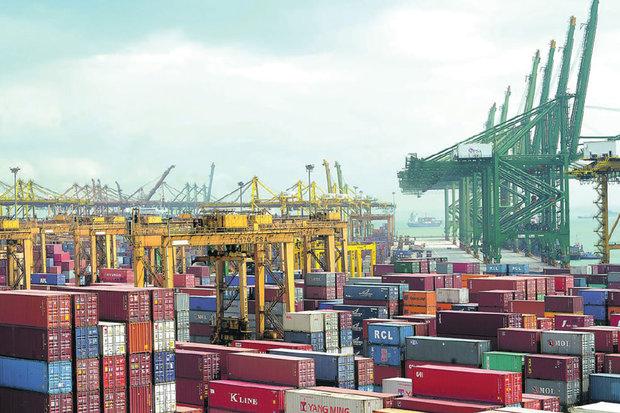 رشد ۳ برابری وزنی صادرات در مقایسه با واردات در سال ۹۸