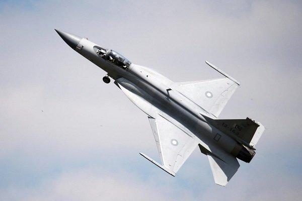 Azerbaycan Pakistan'dan askeri savaş uçağı alacak