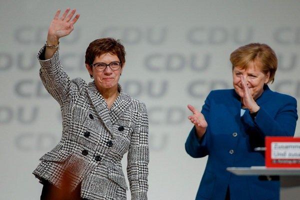 مرکل: در انتخاب رهبر جدید حزب دموکراتمسیحی دخالت نمیکنم