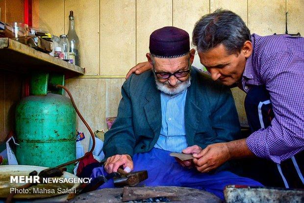 زندگیه 60 ساله با زیورآلات