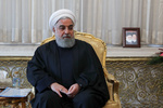الرئيس روحاني يهنئ قائد الثورة بحلول العام الجديد