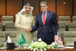 گفتگوی وزیران انرژی عربستان و آمریکا پیرامون وضعیت بازار نفت
