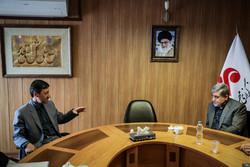 رئيس لجنة إمداد الإمام الخميني(ره) يزور وكالة مهر/صور