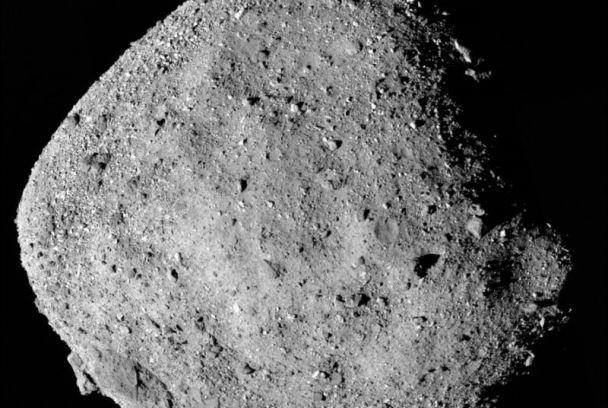 فضاپیمای ژاپنی به سیارک گلوله پرتاب می کند