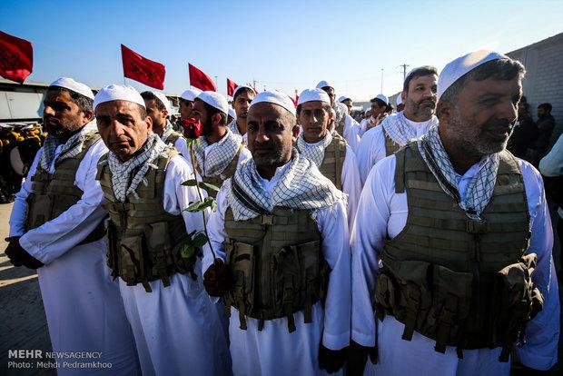 تشييع 72 شهيد من شهداء أيام  الدفاع المقدس إلى أرض