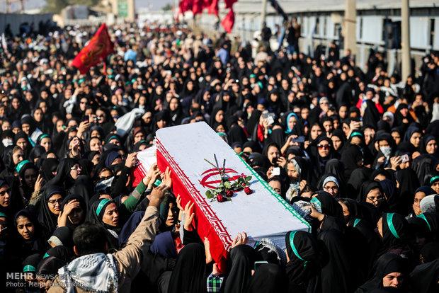 تشیعع پیکرهای مطهر 72 شهید تازه تفحص شده دفاع مقدس از مرز شلمچه