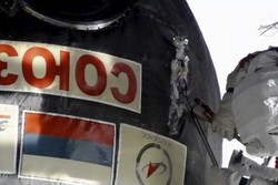 تصاویر فضانوردان در هنگام بررسی نشتی ایستگاه فضایی