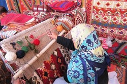 Semnan hosting crafts exhibit