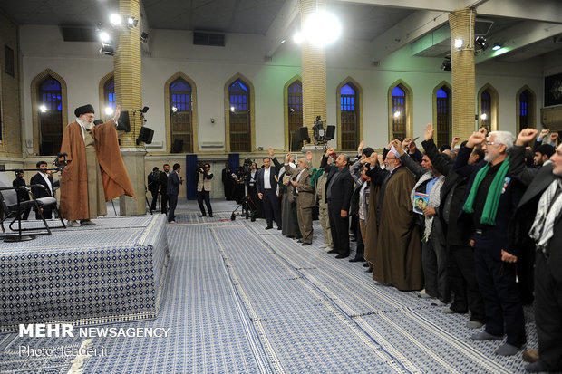 Leader meets with families of martyrs