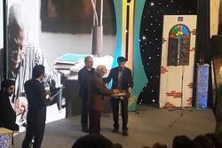 اختتامیه شانزدهمین جشنواره شعر وداستان جوان سوره در رشت برگزار شد
