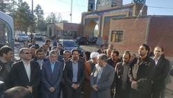 گلزار شهدای کاشان با حضور وزیر فرهنگ غبارروبی شد