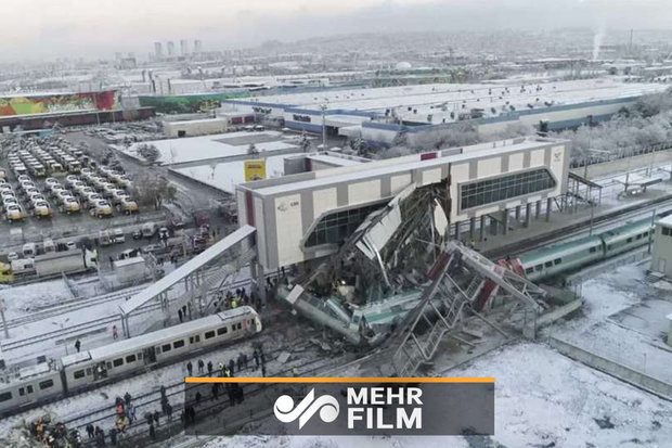 VIDEO: High-speed train crash in Turkey kills, injures dozens