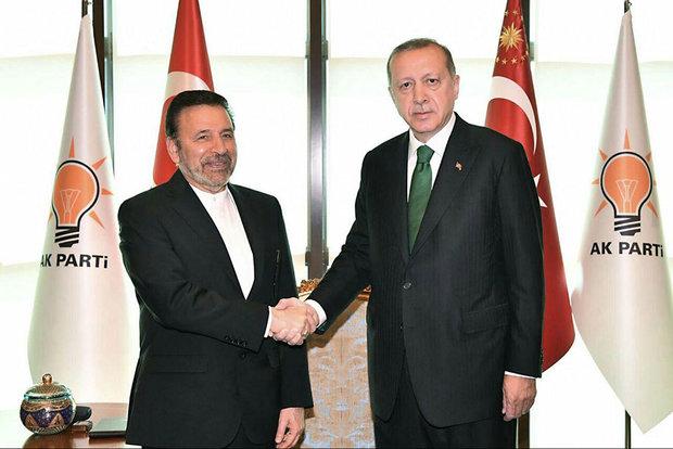 واعظي: تعزيز التعاون بين ايران وتركيا يخدم المنطقة