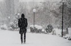 افت شدید دمای هوا در اردبیل/ برف و باران استان را فرا گرفت