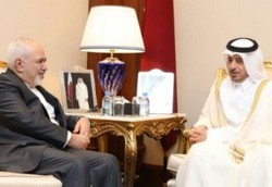 Zarif talks regional security with Qatari PM