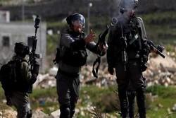 زخمی شدن ۱۴ فلسطینی در یورش نظامیان صهیونیست به رام الله