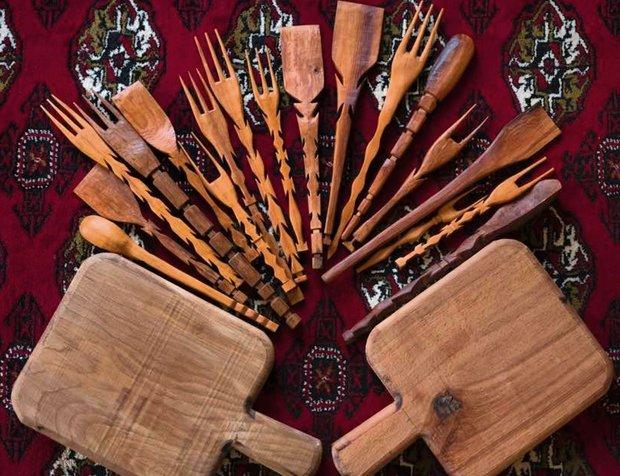 ساخت صنایع دستی در گلستان با چوب سرخدار پیگرد قانونی دارد
