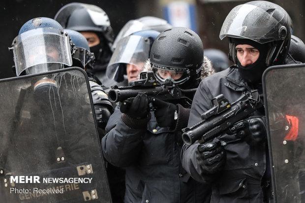 ٹرک میں چھپ کر فرانس میں داخل ہونے والے 30 پاکستانی گرفتار