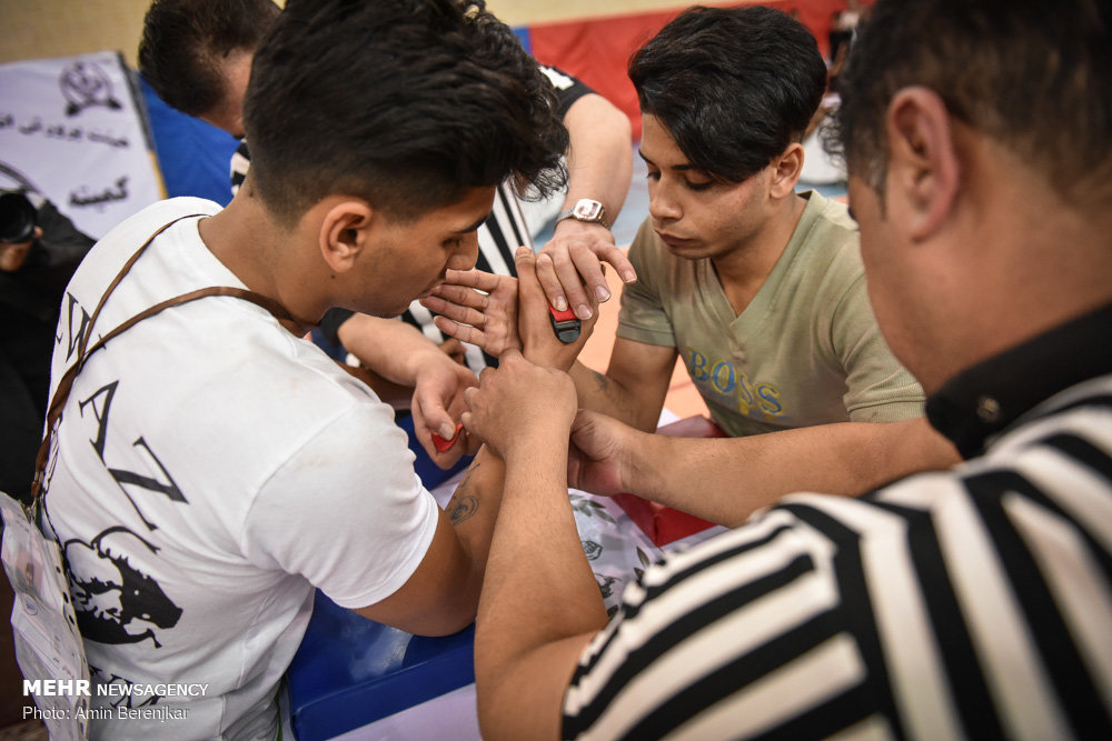Wrestling Revolution D Exhibition : Mehr news agency arm wrestling championship in fars prov