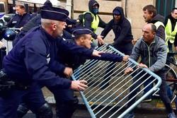 پلیس ۱۰۲ جلیقهزرد را در فرانسه بازداشت کرد