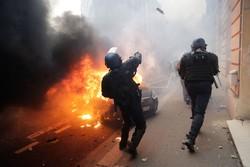 Fransa'da Sarı Yeleklilere karşı polis şiddetine soruşturma