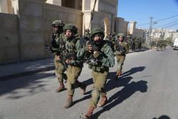 Siyonist Rejim güçleri Kudüs'te 10 Filistinliyi yaraladı