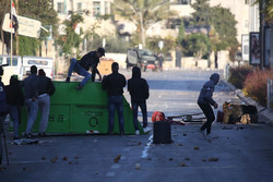 بیش از ۲ هزار تجاوز نظامیان صهیونیست علیه فلسطینیان در ماه گذشته