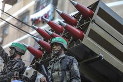 غزہ میں مزاحمتی تنظیم عز الدین قسام کی فوجی پریڈ
