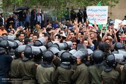 لاریجانی، مهر و نعلین، تتلو و داستان جوانان انقلابی خسته