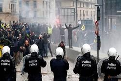 ۵ هزار و ۵۰۰ معترض در بروکسل تجمع کردند/ ۲۵ نفر بازداشت شدند