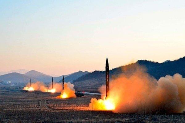 لوکاشنکو: استقرار موشکهای آمریکا در اروپا را تلافی میکنیم