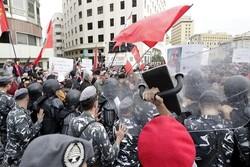 Lübnan'da hükümet karşıtı gösteriler devam ediyor