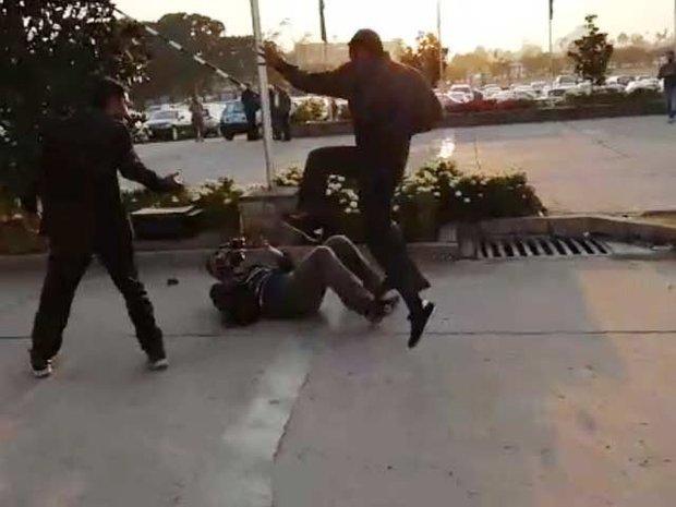 نواز شریف کے سکیورٹی گارڈ کا صحافی پربہیمانہ تشدد