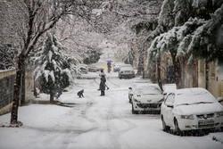 """الشتاء يحل ضيفاً على مدينة """"سنندج """"الايرانية"""