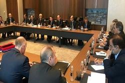 نشست سه جانبه مذاکره کنندگان ارشد روند صلح سوریه برگزار شد