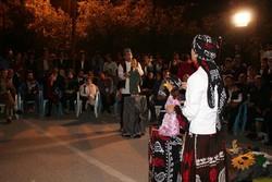 اجرای نمایش خیابانی «مزرعه آفتابگردان» در جشنواره تئاتر رضوی