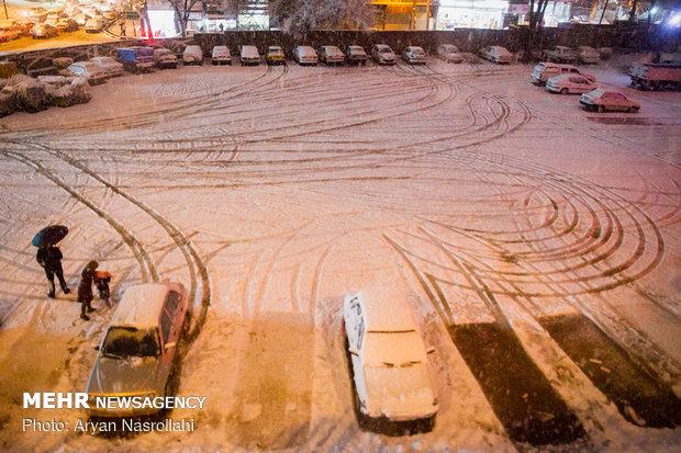 بارش شدید برف در سنندج