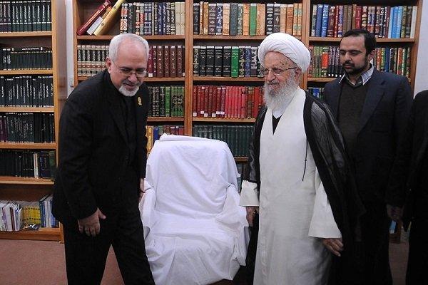 استیضاح وزیر امورخارجه حرام است؟
