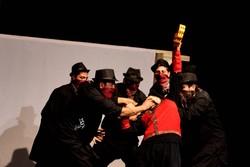 نمایش «هرکی باش خان» در قم به روی صحنه رفت