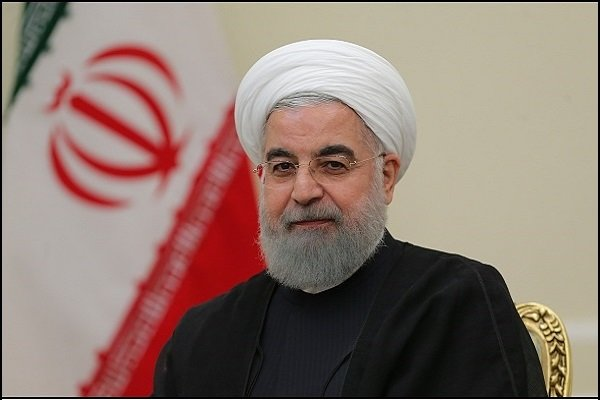 Rouhani felicitates Kuwait on national day