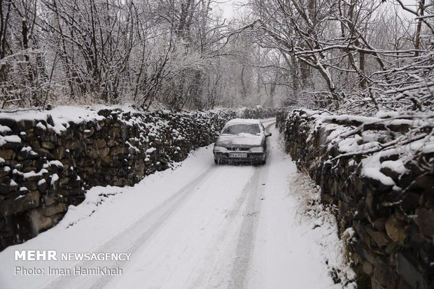 بارش شدید برف در همدان