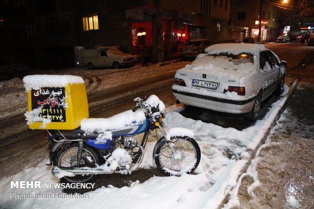 Heavy snowfall in Hamedan