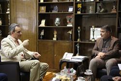 دست پر رادیو در جشنواره سی و هفتم تئاتر فجر