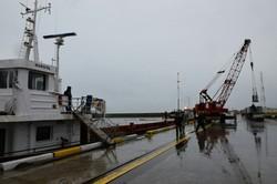 نجات و سبک سازی کشتی «نارگل» در بندر آستارا