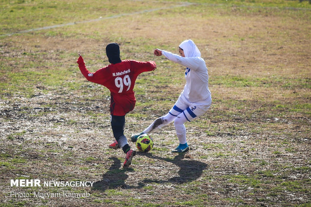 مباراة فريقي من الدوري الممتاز من كرة قدم السيدات
