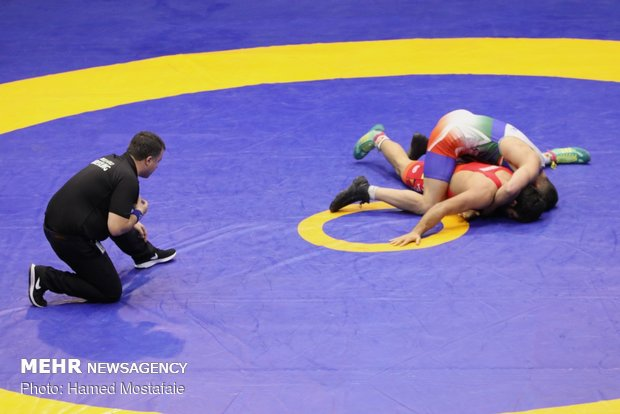 Iran junior wrestlers win 5 gold medals at Turkey event
