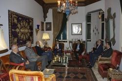İranlı büyükelçiden Lübnanlı yetkililerle önemli görüşmeler