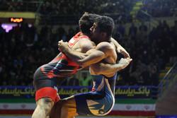 İranlı güreşçilerden büyük başarı